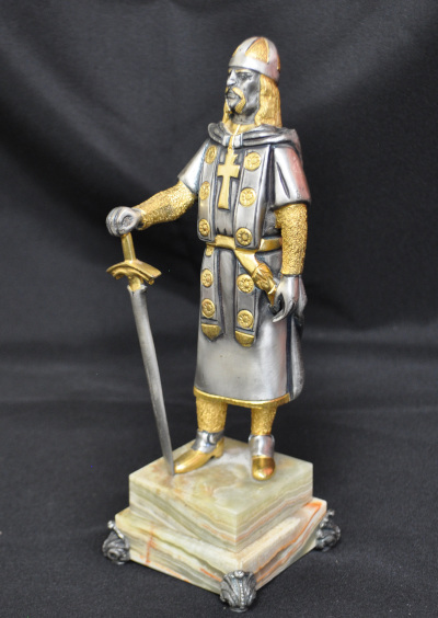 Bronze Medieval Knight (2 of 2)