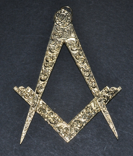 Grand Officers Collar Jewel - Assistant Grand Master
