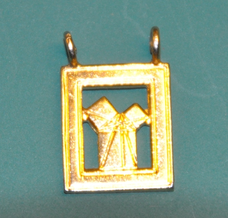 Craft Past Masters Breast Jewel - Euclids 47th Problem gilt piece