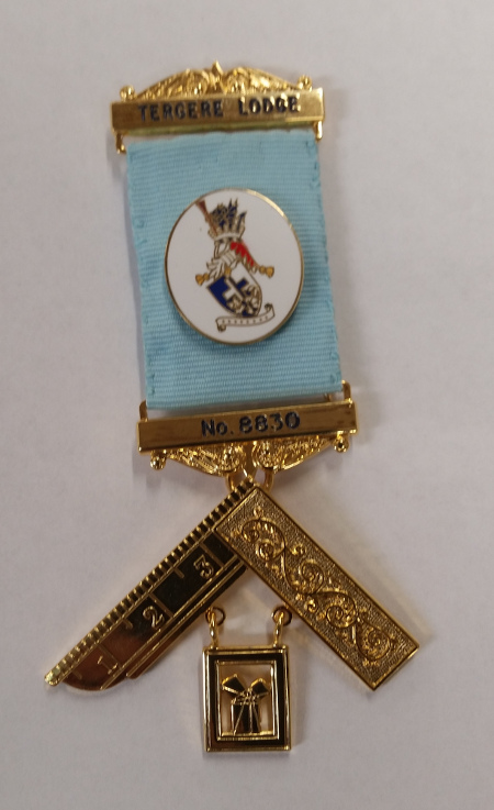 Craft Past Masters Breast Jewel - Gilt with Bespoke Metal Crest