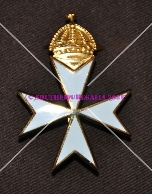Knights of Malta Priors Cap Badge - Enamel and Gilt