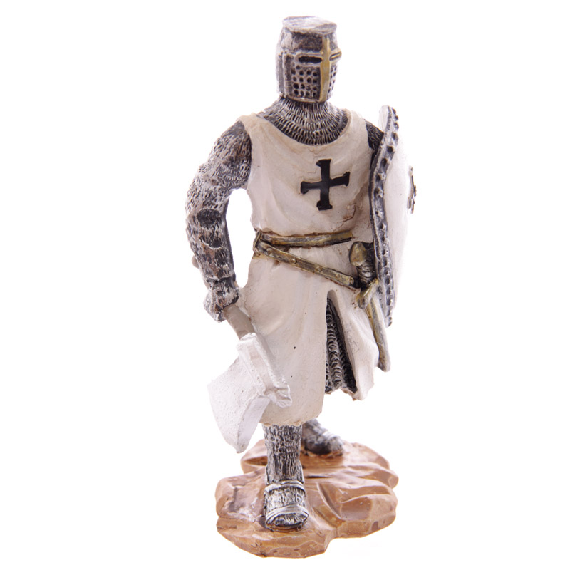 Knight Crusader - Standing with Battleaxe (12.5cms)