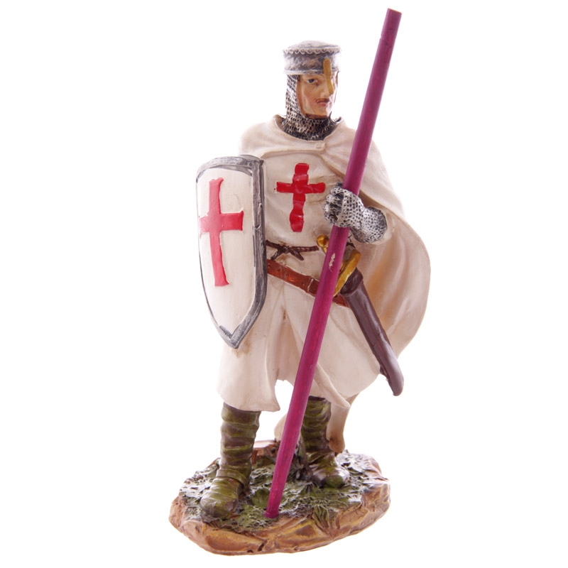 Knight Crusader - Standing Holding Staff (16 cms)