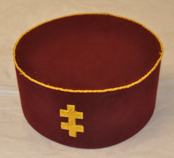 Knights Templar - Great Seneschal - Maroon Cap & Badge