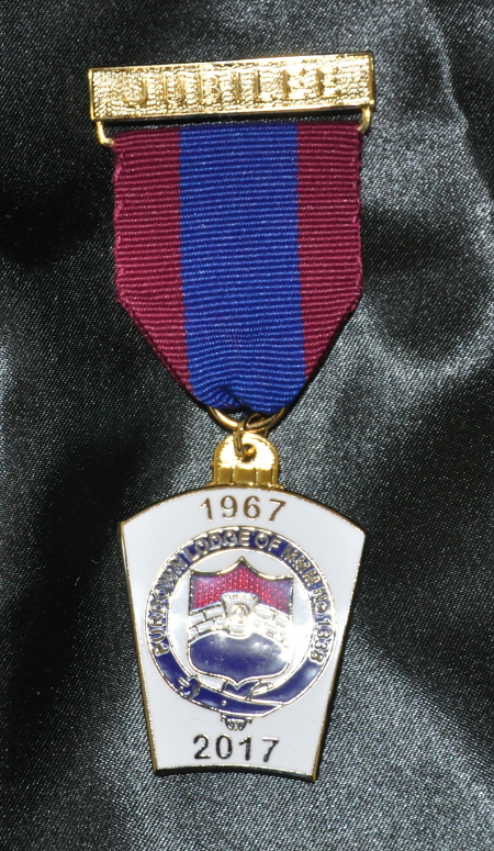 Mark Lodge Jubilee Breast Jewel (15-19 items)