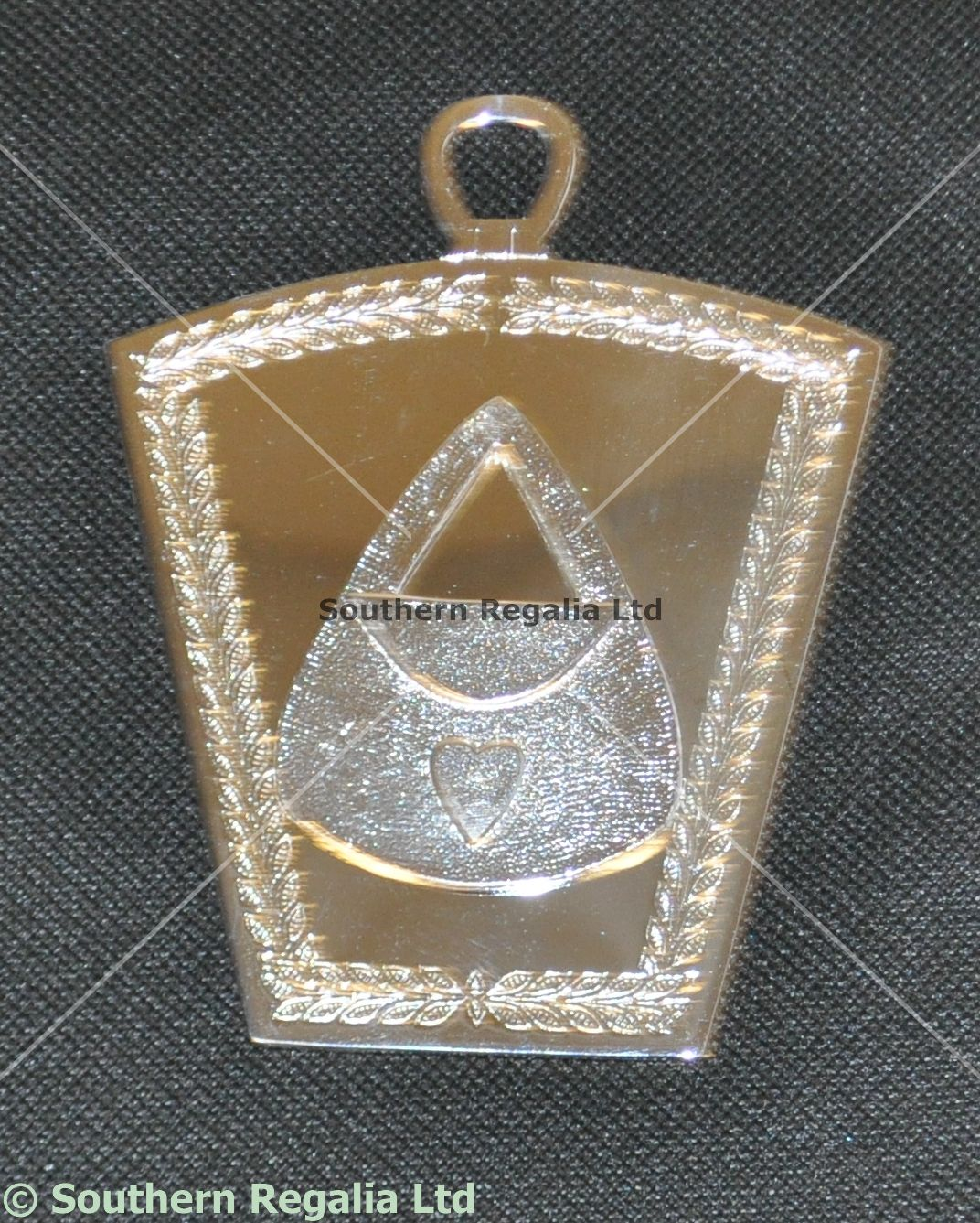 Mark Lodge Officers Collar Jewel - Almoner