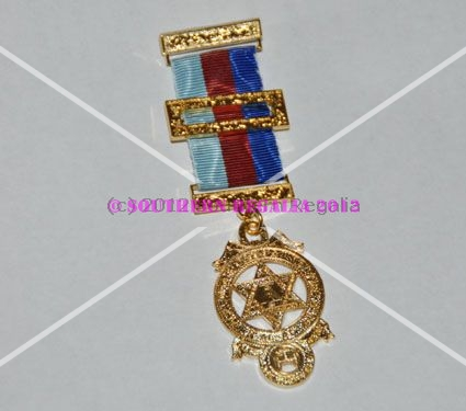 Royal Arch Provincial Breast Jewel - Standard