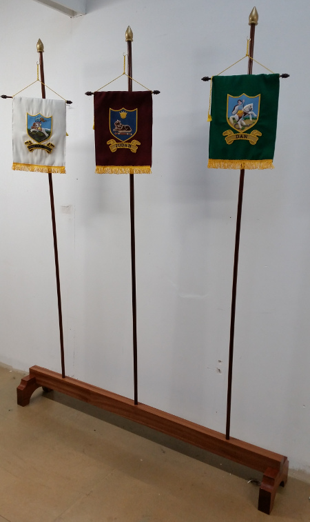 Royal Arch Tribal Banner Stands