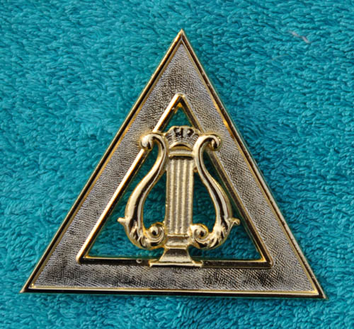 Royal Arch Chapter Officers Collar Jewel - Organist