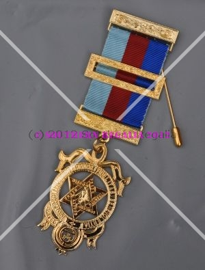 Royal Arch Provincial Breast Jewel - Large