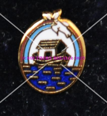 Royal Ark Mariner Gold Plated & Enamel Lapel Pin