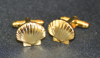 St Thomas of Acon Shell Cufflinks - Gold