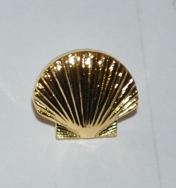 St Thomas of Acon Lapel Pin - Gold
