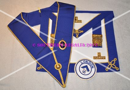Provincial Undress Apron & Badge & Collar - Standard